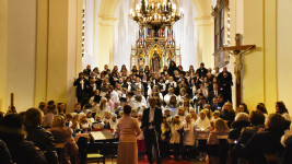 kostel advent ant27